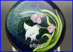 DAVID P. SALAZAR Lundberg Studios Hummingbird & Flower Paperweight, Apr 2Hx2.5W