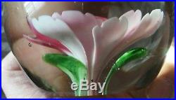 Exceptional Vintage Unsigned Art Glass Pink Crimp Rose Flower Paperweight