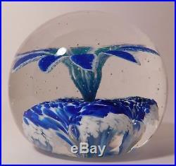 IMPRESSIVE Edward Rithner Vintage TRUMPET FLOWER MOTIF Art Glass Paperweight