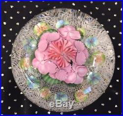 Lovely Vintage 1998 Lundberg Daniel Salazar Floral & Net Magnum Paperweight