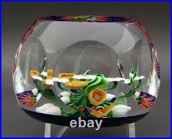 SAINT LOUIS Beautiful Flowers Six Facets Art Glass Paperweight, Apr 2.75Wx2.25H