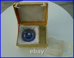 Stunning Vintage Boxed Baccarat 1981 Paperweight Fleur Blanche Et Perles 18363