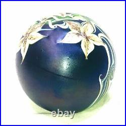 VTG 1980 ORIENT & FLUME Art Glass Paperweight Iridescent Purple Flowers Amazing