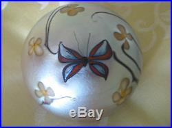 Vintage ORIENT AND FLUME BUTTERFLY PAPERWEIGHT Iridescent, Floral, 2.75, 1975