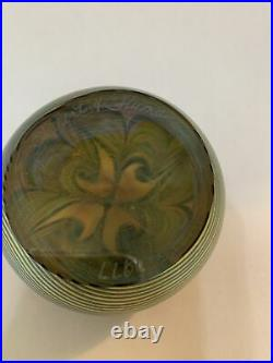 Vintage Orient & Flume Gold Iridescent Floral Art Glass Paperweight Signed 1977